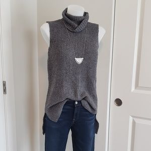Sleeveless Tunic Turtleneck Sweater